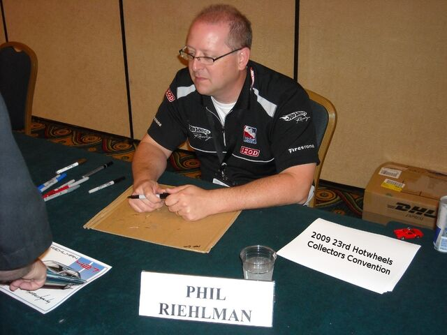 File:Phil Riehlman Autograph.jpg