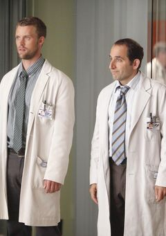 Promotional-Photo-for-8x05-The-Confession-HQ-house-md-26334189-2560-1707