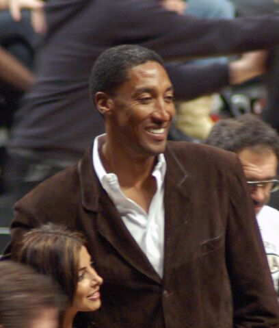 File:Pippen and wife.jpg