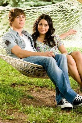 File:Troy and Gabriella.jpg