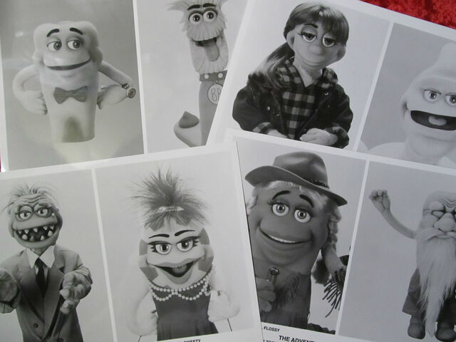 File:TimmyToothMuppetCards.jpg
