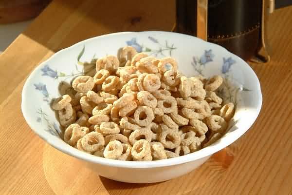 File:Bowl-of-cheerios.jpeg