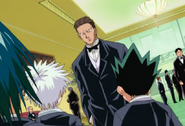 Phinks meets Gon and Killua at the auction.