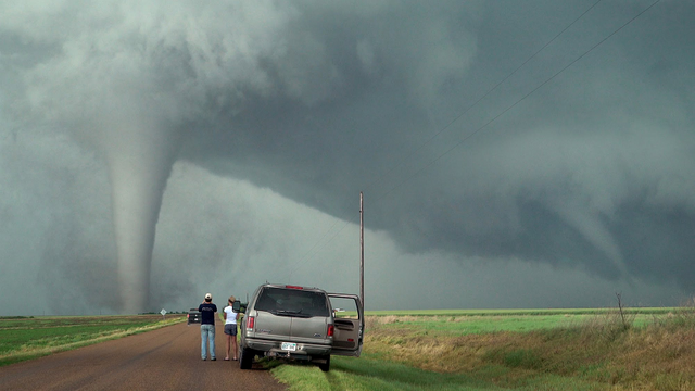 File:Dodge City, KS tornado family.png