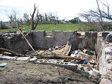 Parkersburg tornado damage1