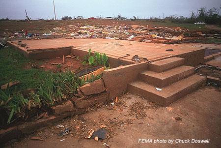File:F5 tornado damage in Bridge Creek, Oklahoma.png