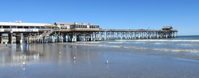 File:Cocoa Beach Pier (Cocoa Beach, Florida) 002 crop.jpg