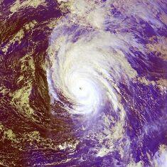 Typhoon Shanshan 22 sept 2000 0425Z