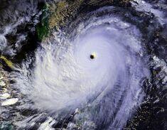 Typhoon Nina 25 nov 1987 0702Z