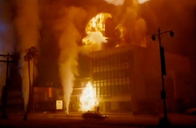 File:Volcano (1997) - Sewer Steam.jpg