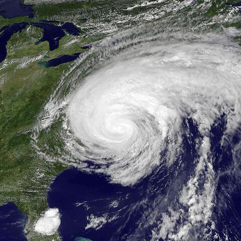 File:Hurricane Irene Aug 27 2011 1910Z.jpg