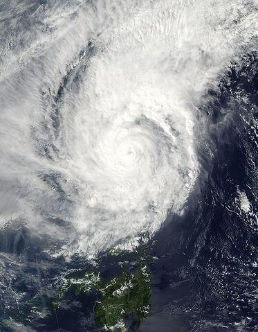 File:Typhoon Muifa 2004.jpg