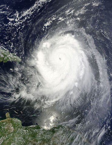 File:Hurricane Earl 2010-08-30 1500Z.jpg