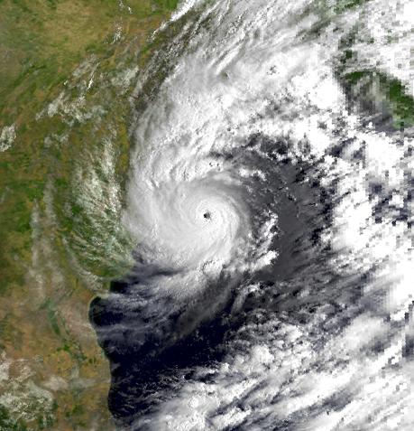 File:Cyclonic Storm BOB 05 17 Oct 1999 0216.png