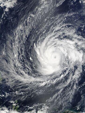 File:Typhoon Sudal 09 apr 2004 0140Z.jpg