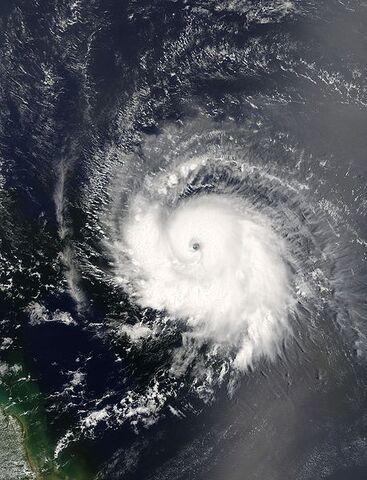 File:Hurricane Ivan 05 sept 2004 1330Z.jpg