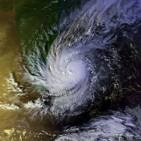 File:Tropical Cyclone 03B 28 nov 2000 0934Z.jpg