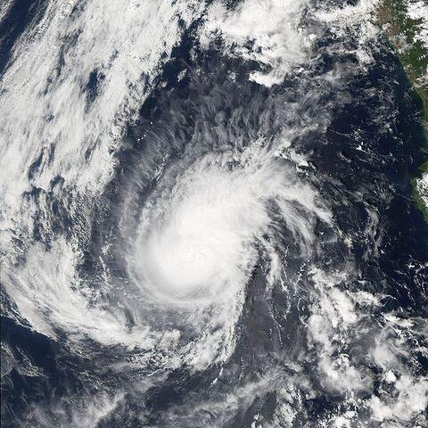 File:Hurricane Paul 23 oct 2006 2030Z.jpg