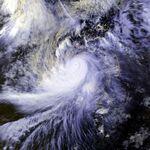 Typhoon Omar 30 aug 1992 0418Z.jpg
