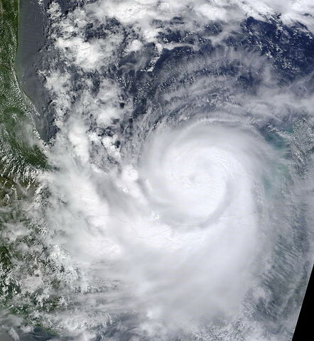 File:Hurricane Karl 2010-09-16 1720Z.jpg