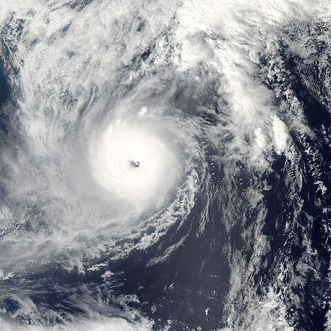 File:Super Typhoon Ma-on 2004.jpg