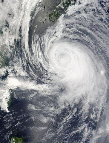File:Typhoon Dianmu 20 jun 2004 0225Z.jpg