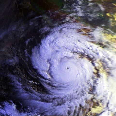 File:Hurricane Linda 12 sept 1997 1411Z.jpg