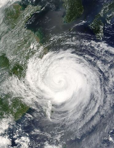 File:Typhoon Rananim 12 aug 2004 0240Z.jpg