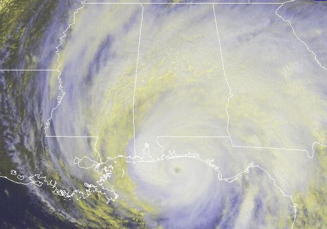 File:Hurricane Dennis 7-10-2005 1745 UTC.jpg