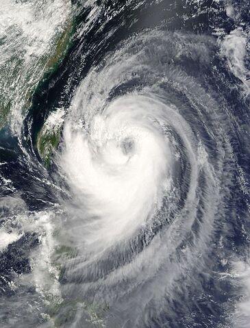 File:Typhoon Aere 23 aug 2004 0225Z.jpg