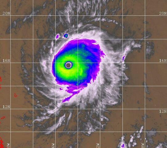 File:Hurricane Georges near peak intensity.JPG