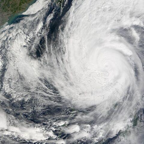 File:Super Typhoon Nanmadol 2004.jpg