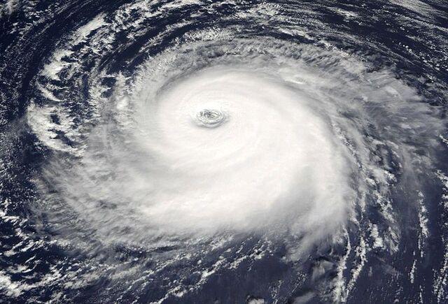 File:Hurricane Kate (2003)- Good pic.jpg