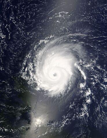 File:Hurricane Frances 28 aug 2004 1415Z.jpg