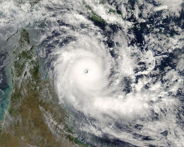 File:Cyclone 5.jpg