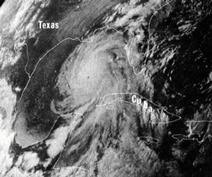 File:Hurricane Camille 16 aug 1969 2340Z.jpg