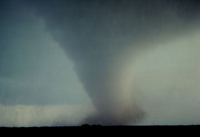 File:Classic tornado.jpg