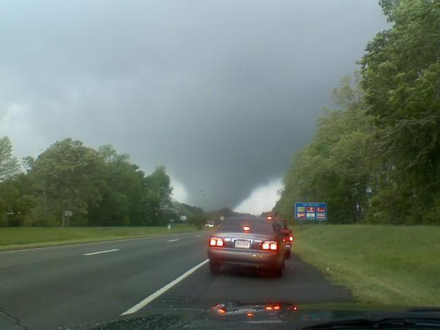 File:Suffolk, Virginia tornado 28 April 2008.jpg