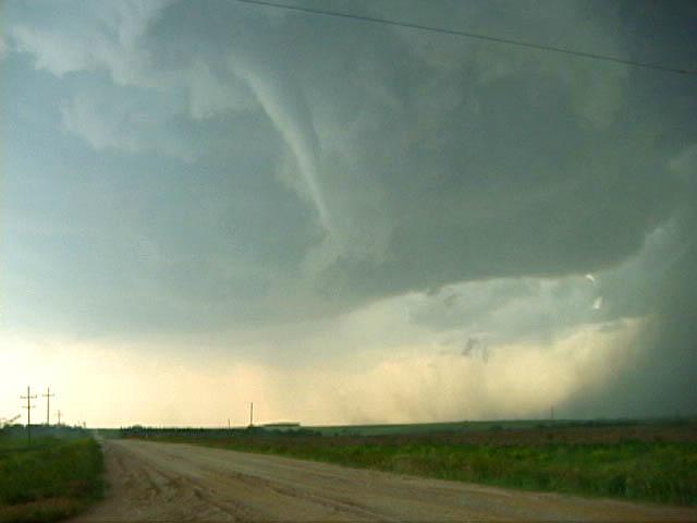 File:Tornado 60.jpg