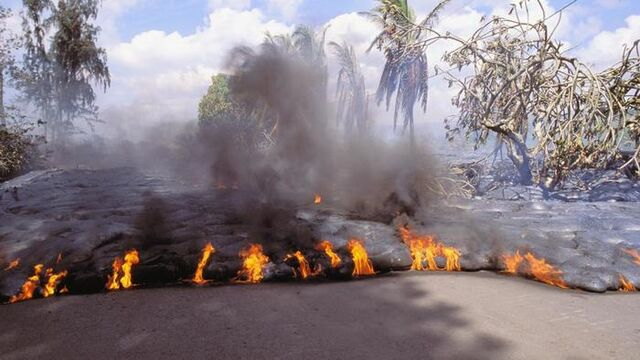 File:Lava (3).jpg