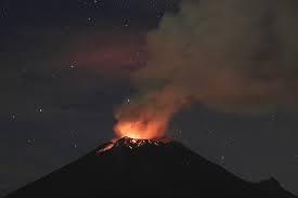 File:Volcano (41).jpg