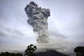 File:Volcano (32).jpg