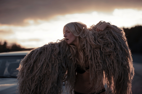 File:Wikia-Visualization-Main,iamamiwhoami.png