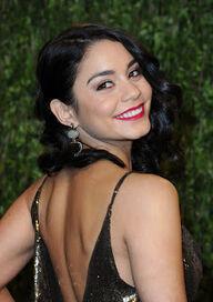 Vanessa Hudgens Vanity Fair Oscar Party 2013 Spring Breakers (3)
