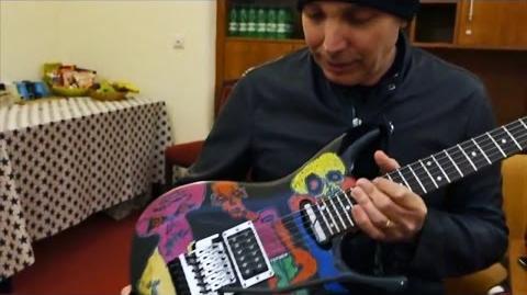 Joe Satriani presents his Ibanez JS25ART - Shockwave tour 2015