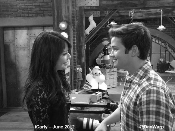 File:Igoodbyepic4.png