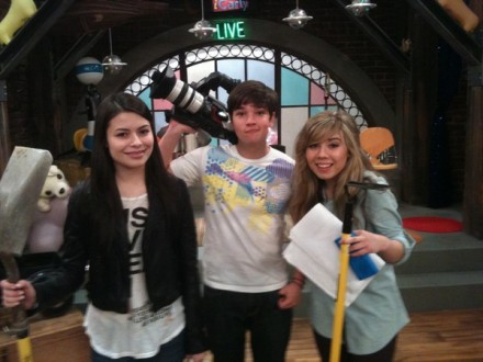 File:Icarly-season-4-pic-2.jpg