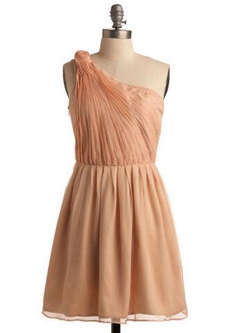 File:Dress7.jpg