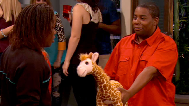 File:Iparty-with-victorious-episode-get-that-panda-clip.jpg