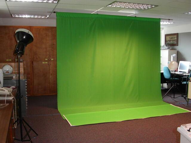 File:Green screen.jpg